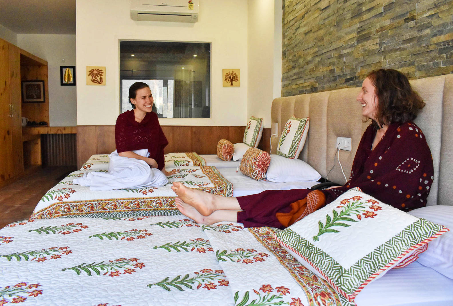 Veda5 Accommodation - Luxury Ayurveda Panchakarma Yoga - Wellness Retreat for Healing and Cure in Himalayas - Rishikesh India International