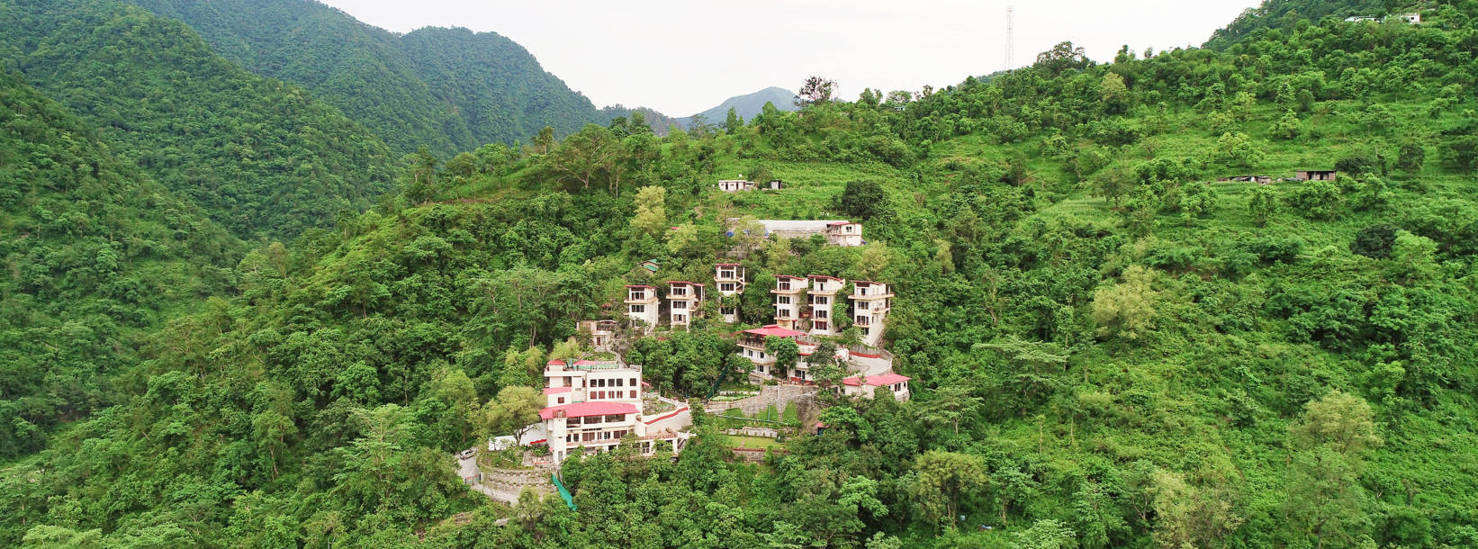 Best Ayurveda Panchakarma Yoga in Rishikesh Himalayas India at Veda5 Luxury Retreat
