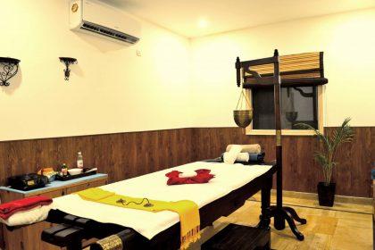 Veda5 Ayurveda and Yoga Luxury World-Class Retreat with Organic Farm Swimming Pool in the Himalayas in Rishikesh India