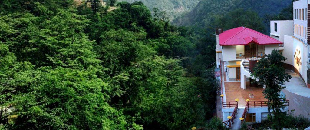 Veda5 Luxury Ayurveda Yoga Panchakarma Wellness Retreat in Himalayas Rishikesh India