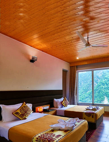 Veda5 Luxury Hotel Room in Rishikesh Himalayas for Ayurveda and Yoga Retreat