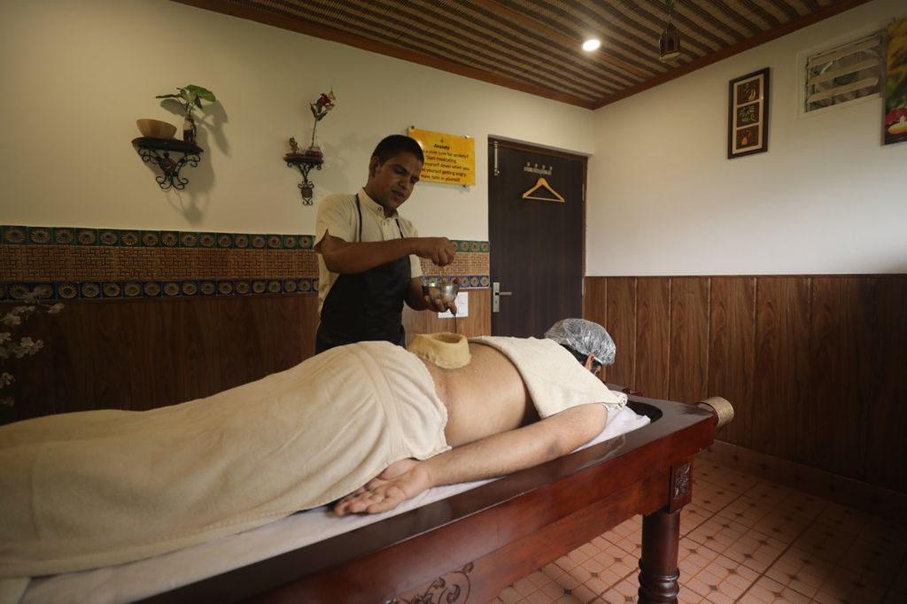 Best Ayurveda in Rishikesh & Best Panchakarma in Rishikesh is at Veda5 Luxury Wellness Retreat, Resort & Hotel