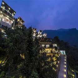 Night View of Best Ayurveda Panchakarma Yoga Wellness Retreat in Rishikesh - Veda5 India