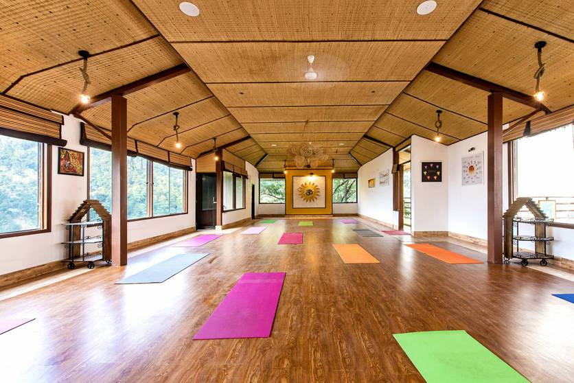 Veda5 - Best Yoga & Meditation Retreat in Rishikesh, India